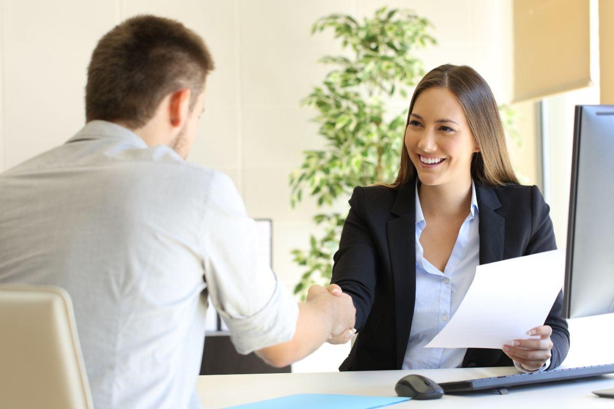 כמה מרוויח יועץ משכנתאות?